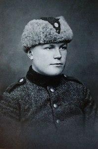 Eino sotaväenkuvassa 1920-luvun lopussa